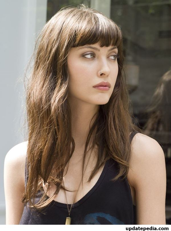 look-sexy-hairstyles-with-bangs-28